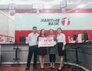 Sinh nhật 26 năm: Khách hàng đầu tiên may mắn nhận sổ tiết kiệm 50 triệu đồng từ Maritime Bank