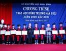 Ninh Bình: Trao học bổng Trương Hán Siêu tới học sinh nghèo vượt khó