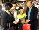 Trao 400 suất quà tết tới người cao tuổi nghèo tỉnh Thanh Hoá
