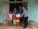 Gần 85 triệu đồng đến với gia đình ba đứa trẻ sống với ông bà tàn tật