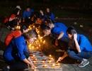 Bạn trẻ thắp nến tưởng nhớ 4 năm ngày mất của Đại tướng Võ Nguyên Giáp
