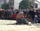 Quảng Bình: Gay cấn lễ hội vật truyền thống đầu xuân Đinh Dậu