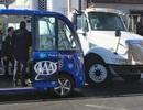 Xe buýt tự lái gặp tai nạn trong ngày đầu tiên chạy trên đường