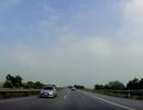 Ô tô chạy ngược chiều trên cao tốc suốt 5km