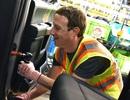 """Mark Zuckerberg """"thử việc"""" tại nhà máy Ford"""