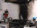 Bếp gas mini bốc cháy, một cháu bé bị bỏng nặng