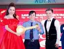 Hoa hậu Bùi Thị Hà chơi trội thay 3 trang phục cùng lúc trong buổi tiệc tất niên