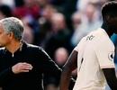 MU gây thất vọng cùng cực: Khi Mourinho chống lại thế giới...