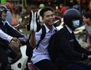 Hình ảnh người Sài Gòn sống quen với triều cường