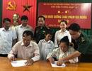 """Quảng Bình: Cậu học sinh nghèo được BĐBP """"nâng bước"""" tới trường"""