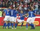 """""""Thần tài gõ cửa"""" phút 92, Italia thắng nghẹt thở Ba Lan"""