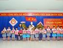 Quảng Ngãi: Tặng 540 cặp phao cho học sinh vùng lũ