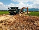 Doanh nghiệp ngang nhiên múc ruộng, khoét núi lấy đất trái phép tại Bình Định