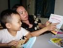 Trải lòng của người mẹ có con 5 tuổi nói tiếng Anh như gió