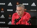HLV Mourinho gây sốc vì buổi họp báo… hơn 3 phút