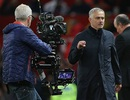 FA vào cuộc điều tra, HLV Mourinho đối diện với án cấm chỉ đạo