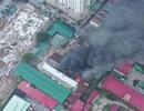 Hà Nội: Cháy lớn tại kho chứa hàng rộng 1.000m2 gần Bến xe Nước Ngầm