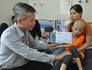 Bạn đọc giúp đỡ cháu Hồng Phương bị ung thư xương 20 triệu đồng