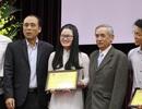 Trao học bổng Lê Văn Hưu và giải thưởng Đinh Xuân Lâm cho SV Sử học xuất sắc