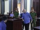 Nguyên Tổng giám đốc công ty tài chính cao su Việt Nam lãnh 16 năm tù