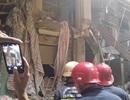 Sập giàn giáo công trình trung tâm quận 1, 2 người thương vong