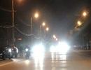 Bật đèn pha khi đi trong phố, bị CSGT phạt 700.000 đồng có đúng không?