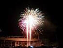 Hà Nội bất ngờ bắn pháo hoa tại sân Mỹ Đình