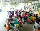 """Nhiều trường mầm non thiếu cô nuôi, giáo viên đứng lớp kiêm... """"đứng bếp"""""""