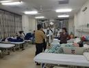 Ăn bánh mì tại quán vỉa hè, hơn 60 người nhập viện cấp cứu