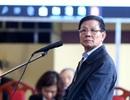 Cựu tướng Phan Văn Vĩnh nhập viện, xin tuyên án vắng mặt