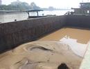 Công an rượt bắt 4 thuyền hút trộm cát trên sông Đồng Nai