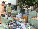 Xe container chở hàng tấn đồ chơi bạo lực, mỹ phẩm và đồ chơi kích dục