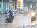 Miền Bắc sắp đón không khí lạnh, Hà Nội mưa rào và giông
