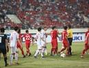 Đội tuyển Việt Nam tranh thủ tập tại Lào chờ đấu Malaysia