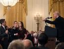 """Rộ tin CNN kiện Nhà Trắng vì """"cấm cửa"""" phóng viên"""
