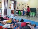 """Vụ bé 4 tuổi bị buộc dây: """"Mong dư luận có cái nhìn vị tha, chia sẻ với giáo viên!"""""""