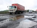 Bộ GTVT yêu cầu khắc phục ngay con đường chi chít ổ gà gây tai nạn chết người