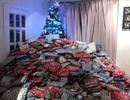 """Từ tấm ảnh cây thông Noel """"ngập"""" trong quà, mẹ 3 con bị dân mạng la ó"""