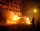 """Pháp chìm trong """"biển lửa"""" của cuộc bạo động tồi tệ nhất nhiều thập niên"""