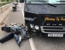 Công nhân làm đường bị xe khách đâm trọng thương