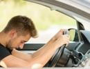 Tài xế bật chế độ tự lái rồi ngủ quên khi xe đang chạy trên đường cao tốc