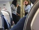 """Hành khách than trời như bị """"nung chín"""" trong nhiệt độ gần 50 độ C trên máy bay"""