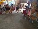 Lớp học hư hỏng do bão, hàng chục trẻ mầm non phải học ké tạm bợ
