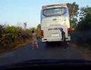 """Vụ xe khách gây tai nạn rồi """"bình thản"""" chạy tiếp: Nhà xe xin lỗi"""