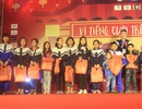 Học sinh trường Phan mang nụ cười hạnh phúc đến trẻ em làng SOS ngày giáp Tết