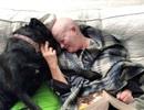 """Chú chó có """"giác quan thứ sáu"""" tìm cách cảnh báo chủ nhân về bệnh ung thư"""