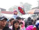Chen chân đi chợ phiên thuần quê lớn nhất trong năm