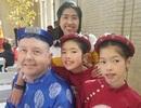 """Ông bố Mỹ cùng 2 con mặc áo dài hát """"Thương Ca Tiếng Việt"""" đón Tết"""