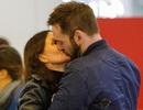 Courteney Cox hôn say đắm bạn trai kém 12 tuổi
