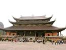 Du khách ùn ùn kéo về ngôi chùa lớn nhất Việt Nam